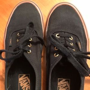 ❤️SALE Vans black w/ brown sole 5.5 men's/7 women